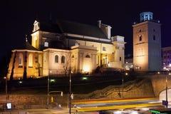 St. Anne Church nachts in Warschau lizenzfreie stockbilder