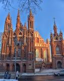 St Anne s och Bernardinu kyrka i Vilnius Arkivbilder