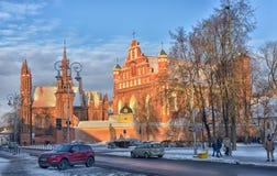 St Anne s och Bernardinu kyrka i Vilnius Royaltyfria Bilder