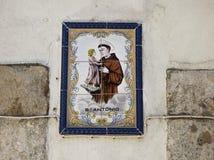 St Anthony płytki na ścianach Lisbon St Anthony był urodzony w Lisbon i jego dzień jest miejskim wakacje Fotografia Stock