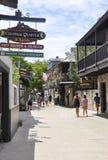 St Augustine FL, Augusti 8th: Gatasikt i det koloniala länet av St Augustine från Florida Royaltyfri Foto