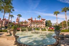 St Augustine, Floryda w centrum pejzaż miejski przy Flagler szkołą wyższa obraz royalty free