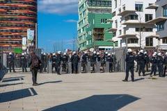 1st av den Maj protesten i Hamburg Arkivfoto