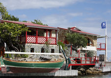圣的Barth,法语印度西部美丽的伊甸园岩石旅馆 免版税库存图片