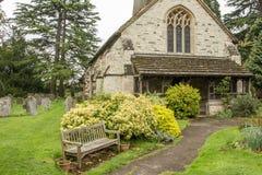 St Bartholomew Church i Leigh Surrey Arkivfoton