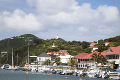 Strand på den Gustavia hamnen på St Barths, franska västra Indies Arkivfoton