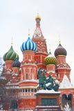St Basil Cathedral en hiver. Images stock