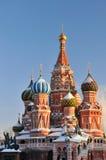 St. Basil Cathedral i Moskva royaltyfri bild