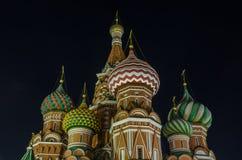 St. Basil Cathedral nachts, Moskau, Russland Stockbild