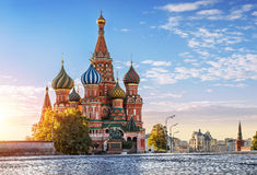 St. Basil's Cathedral on Red Square in Moscow and nobody around. One autumn morning Stock Photos