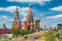 St Basilicum` s Kathedraal en Moskou het Kremlin stock foto