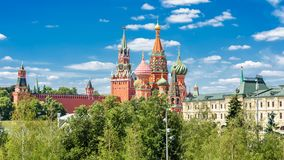 St Basilicum` s Kathedraal en Moskou het Kremlin, Rusland royalty-vrije stock afbeelding