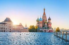 St-basilikas domkyrka på röd fyrkant i Moskva royaltyfri fotografi