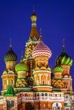 St. Basilikum-Kathedrale nachts Lizenzfreie Stockfotos