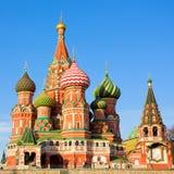 St. Catedral da manjericão no quadrado vermelho Imagens de Stock Royalty Free