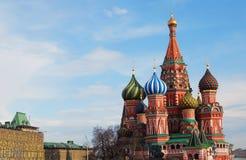 St. Catedral da manjericão, quadrado vermelho, Moscovo Fotos de Stock Royalty Free