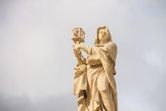 St Clare van Assisi - Colonnadeheiligen Vatikaan Royalty-vrije Stock Fotografie
