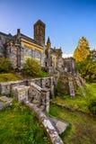 St Conans Kirk situado no incrédulo do Loch, Escócia foto de stock