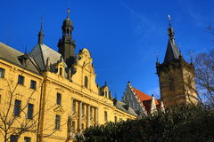 St Cyrille une église de Metod?j, la ville nouvelle Hall (Tchèque : Radnice de Novom?stská), vieux bâtiments, ville nouvelle, Prag Images stock