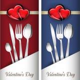 St Día de tarjeta del día de San Valentín Dos tarjetas con el corazón de cristal del rojo y del oro en fondo maravilloso Imagen de archivo libre de regalías