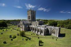 St Davids, Pembrokeshire, Pays de Galles, R-U, juillet 2014, une vue de cath?drale de Davids de saint photographie stock libre de droits