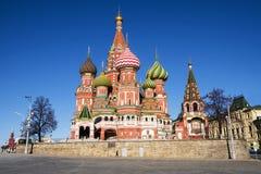 St de Kathedraal van het basilicum in Moskou, Rusland stock afbeelding