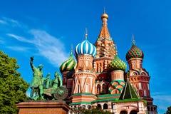 St de Kathedraal van het Basilicum op Rood Vierkant in Moskou, Rusland Stock Foto