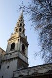 St. de Kerk van de bruid in de Straat van de Vloot, Londen stock afbeeldingen