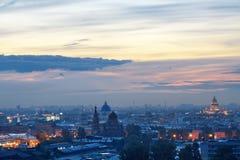 St. de la noche - Petersburgo Imagen de archivo libre de regalías