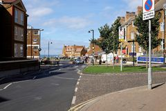 St. Edmund`s Terrace, Hunstanton, Norfolk. Hunstanton, Norfolk, UK. September 17, 2018. Holidaymakers and shoppers walking down St. Edmund`s Terrace at stock photos