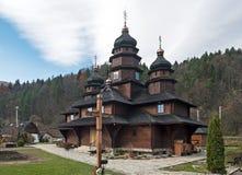 St Elias Wooden Church in Dora, Yaremche, de Oekraïne Stock Afbeelding