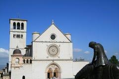 St Francis de la iglesia de Assisi, en Assisi, Italia Imagenes de archivo