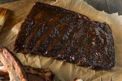 St fumado caseiro Louis Style Pork Ribs do assado foto de stock