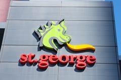 St George banka symbol na budynku biurowym Perth Fotografia Royalty Free