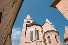 St George Basilica i området av den Prague slotten, Tjeckien Royaltyfri Bild