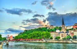 St George Church på solnedgången i Lyon, Frankrike arkivbild