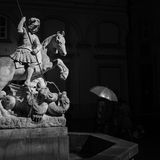 St George combattant avec la statue de dragon Photographie stock libre de droits
