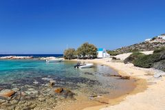 St George strand av Antiparos, Grekland royaltyfri fotografi