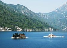 St George vaggar den naturliga ön (på vänstert) och vår dam av Royaltyfri Foto