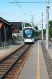 ST GEORGEN, wierzch AUSTRIA/AUSTRIA - WRZESIEŃ 18: Tramwajowy approac zdjęcie royalty free