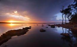 St Georges Basin Sanctuary Point di tramonto di serenità Fotografia Stock Libera da Diritti