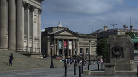St Georges Square 4K di Liverpool archivi video