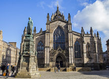 St. Giles Cathedral and Walter Scott Statue Stock Image