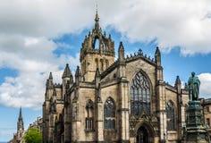 St Giles Kathedraal bij zonsondergang, Edinburgh, Schotland Stock Foto