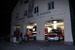 St Gilgen, Autriche : Équipe de feu de la ville de St Gilgen image libre de droits