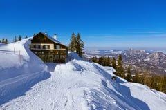 St Gilgen Autriche de station de sports d'hiver de montagnes Photographie stock libre de droits