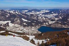 St Gilgen Autriche de station de sports d'hiver de montagnes Image stock