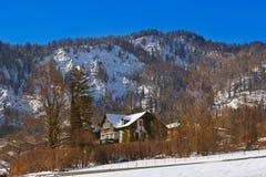 St Gilgen Autriche de station de sports d'hiver de montagnes Photographie stock