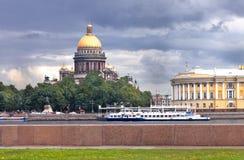 St Isaac katedra przed deszczem Zdjęcia Royalty Free