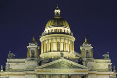 St. Isaac's Cathedral illuminated at night in the winter Royalty Free Stock Photos